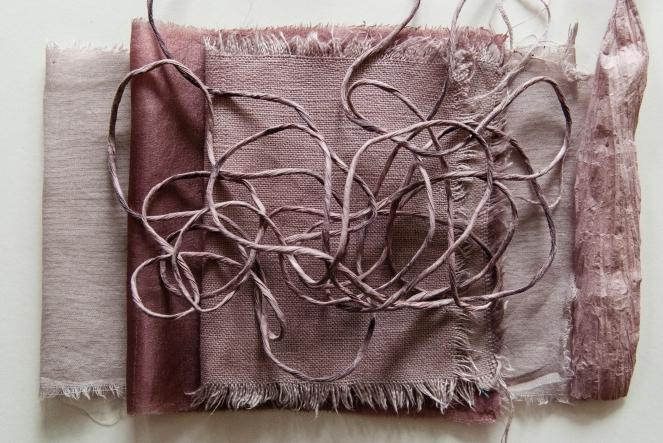 Colour samples (L_R) cotton, silk, linen