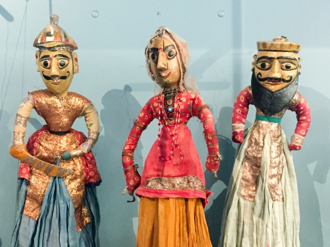 indian-puppets