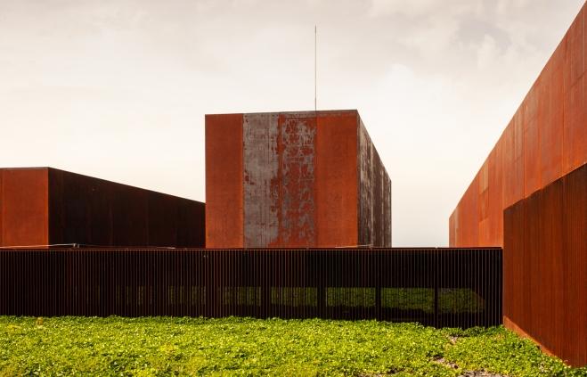 2 Musée Soulages exterior